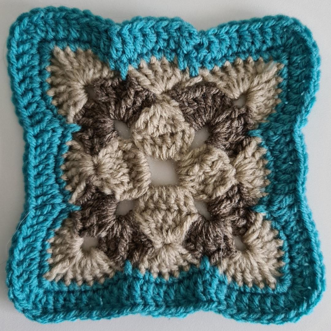 Granny Square - Tricolor Cluster